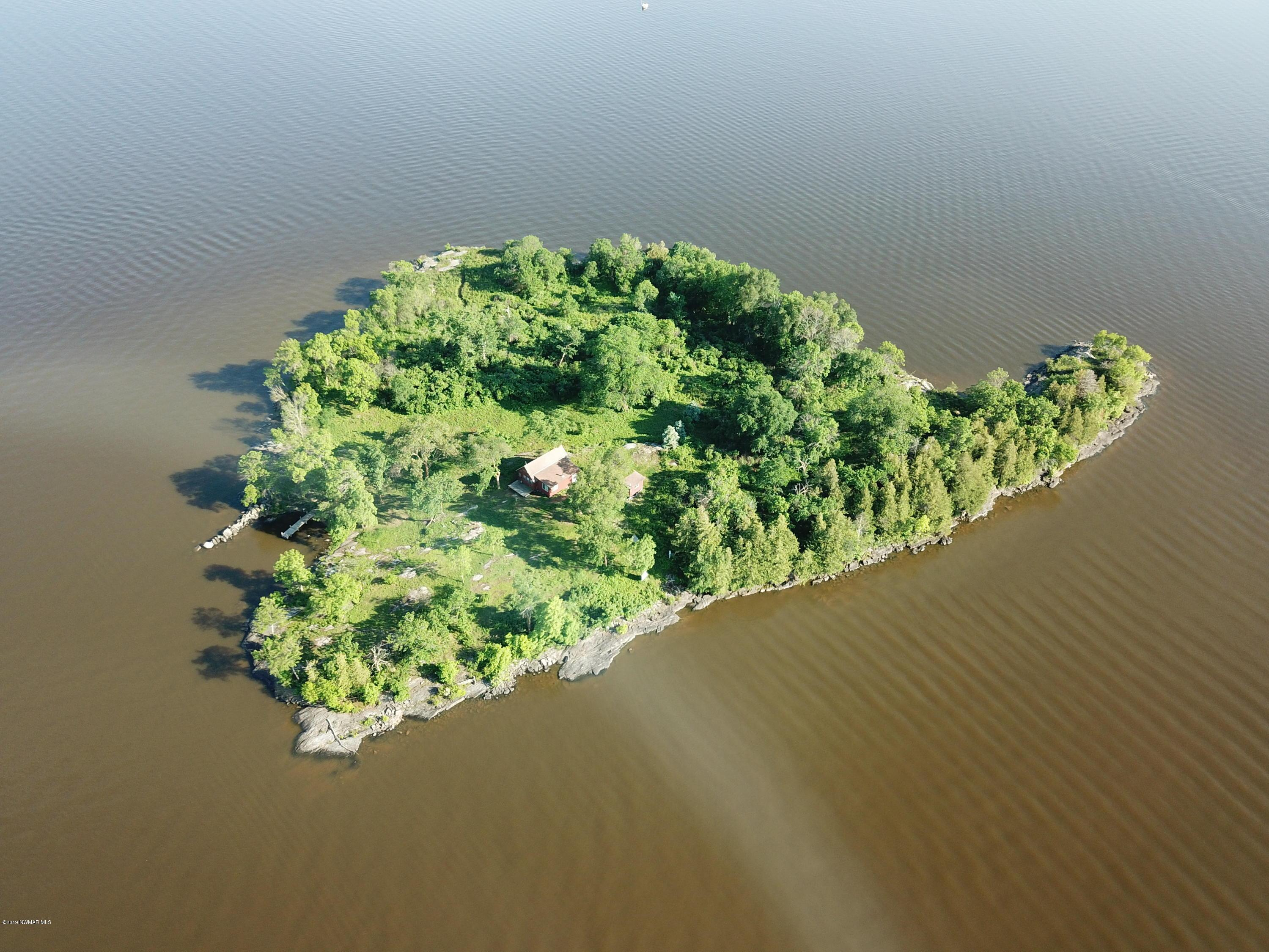 1 Honeymoon Property Photo - Angle Inlet, MN real estate listing