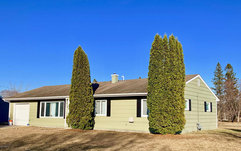414 Hamilton Property Photo - Baudette, MN real estate listing