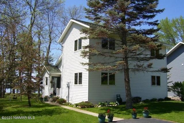 3455 Lakeside Ne Property Photo