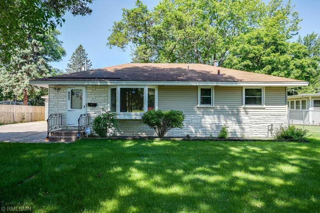 6237 Perry Avenue N Property Photo - Brooklyn Center, MN real estate listing
