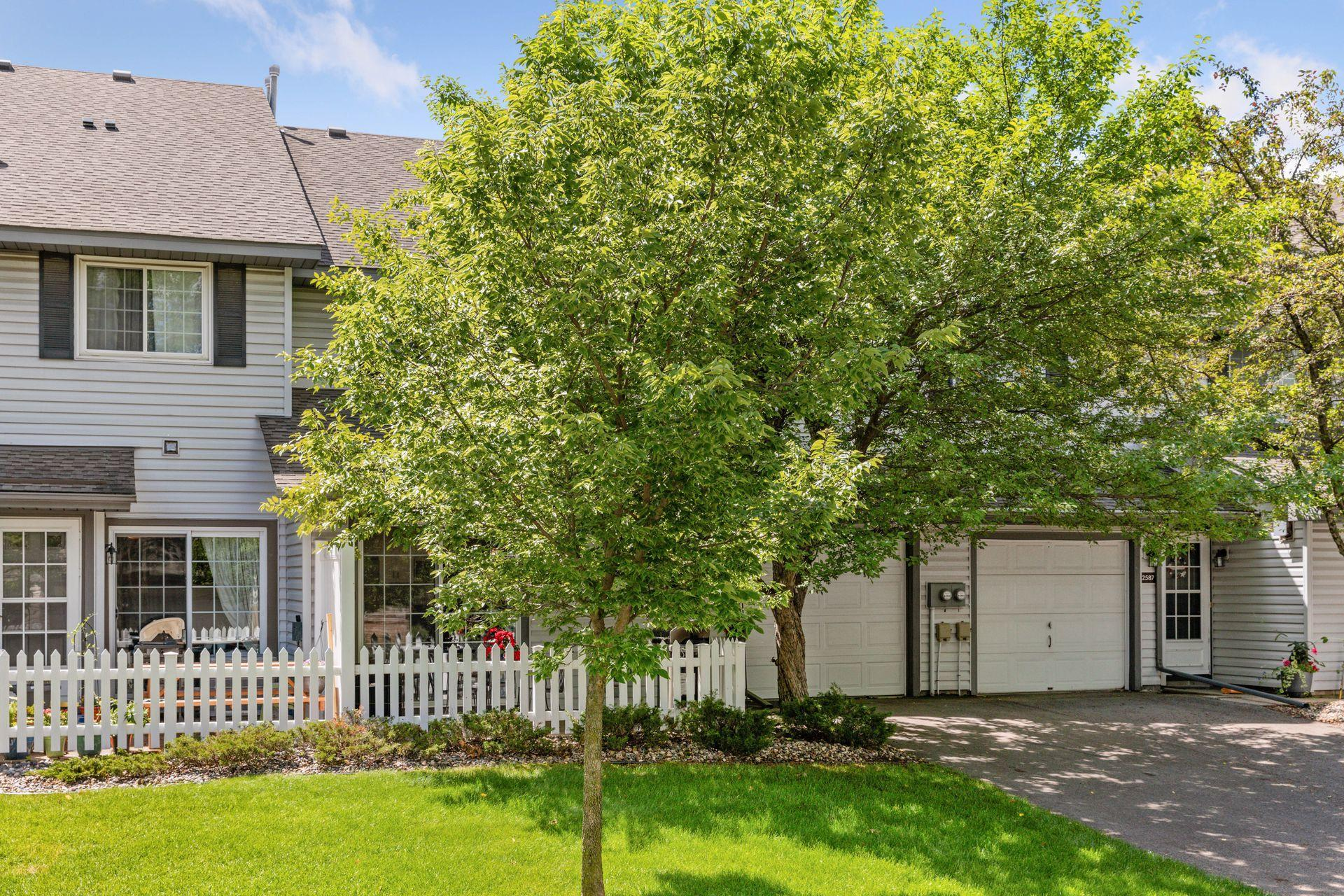 2589 Bedford #32 Property Photo - Mendota Heights, MN real estate listing