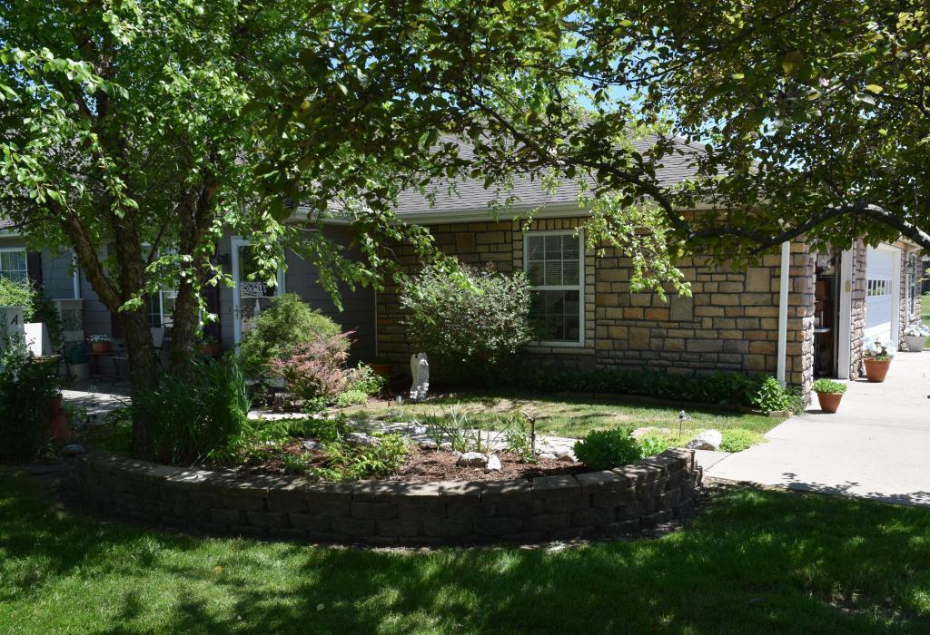 215 A South Gate Property Photo - Fairfield, IA real estate listing