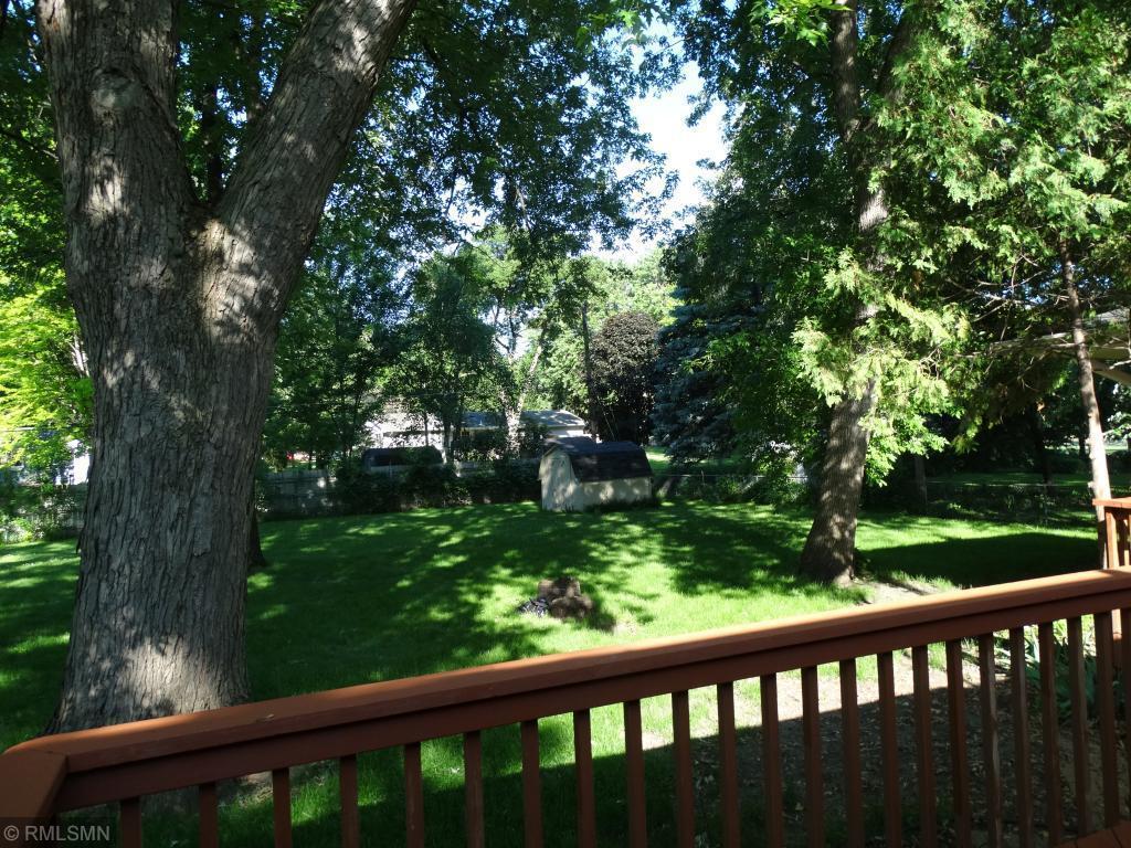 5532 Eliason Dr Property Photo - Bloomington, MN real estate listing