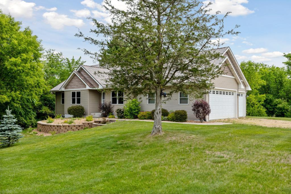 304 138th Property Photo - Houlton, WI real estate listing