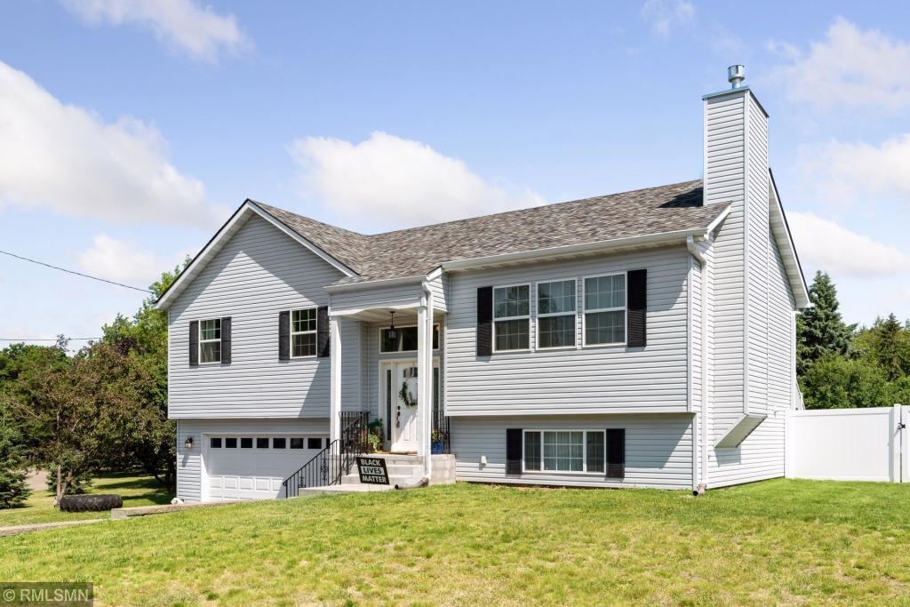 5530 Lindsay Street Property Photo - Golden Valley, MN real estate listing