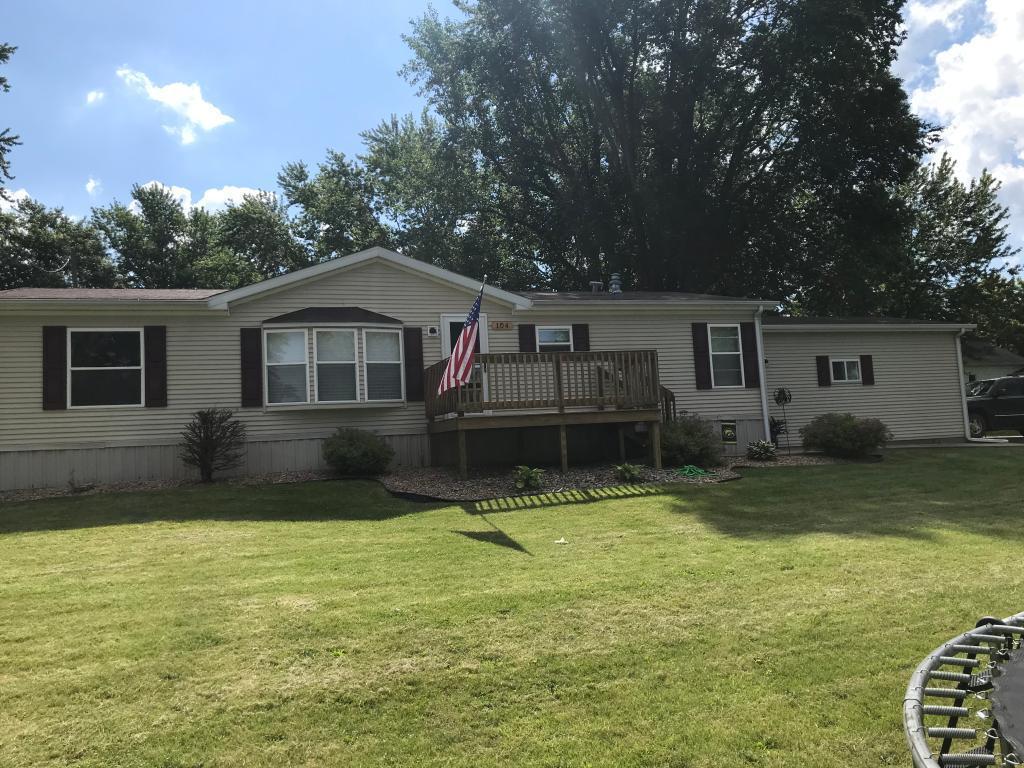 104 Lake Property Photo - Hedrick, IA real estate listing