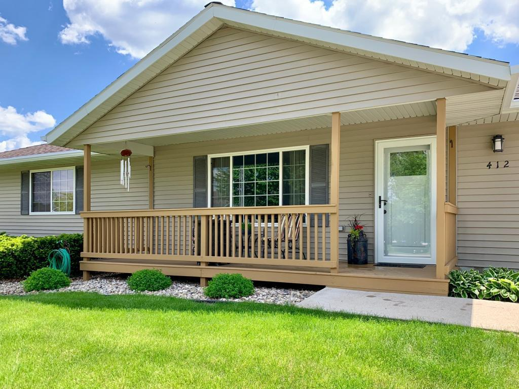 412 Sunrise Property Photo - Tracy, MN real estate listing