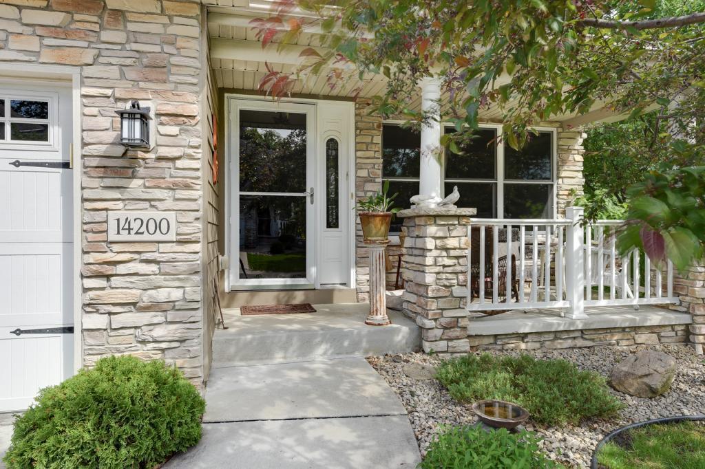 14200 Glen Lake Drive Property Photo - Minnetonka, MN real estate listing