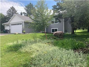 709 Lacie D Lane Property Photo - Roberts, WI real estate listing