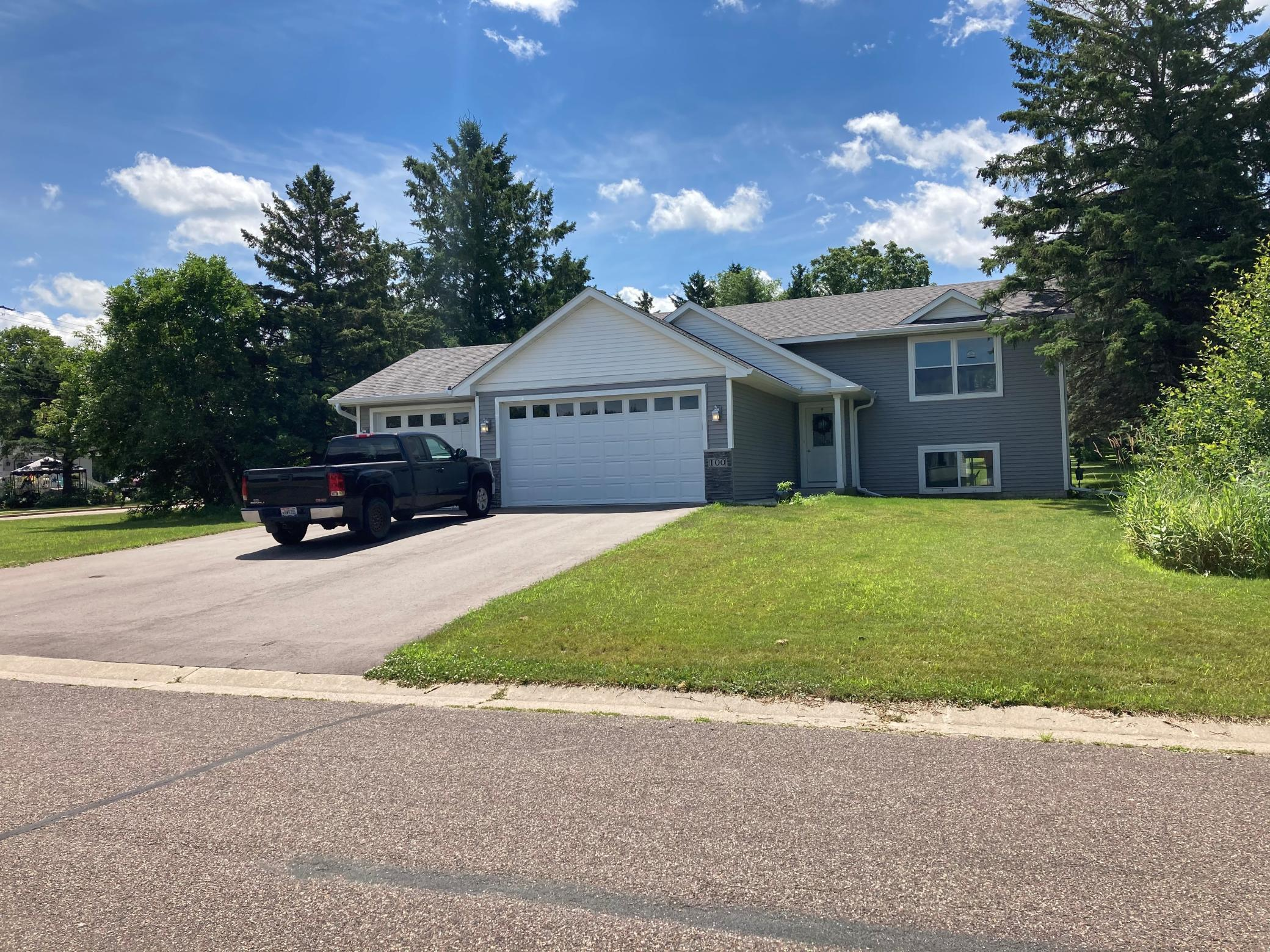 709 Lacie D Property Photo - Roberts, WI real estate listing