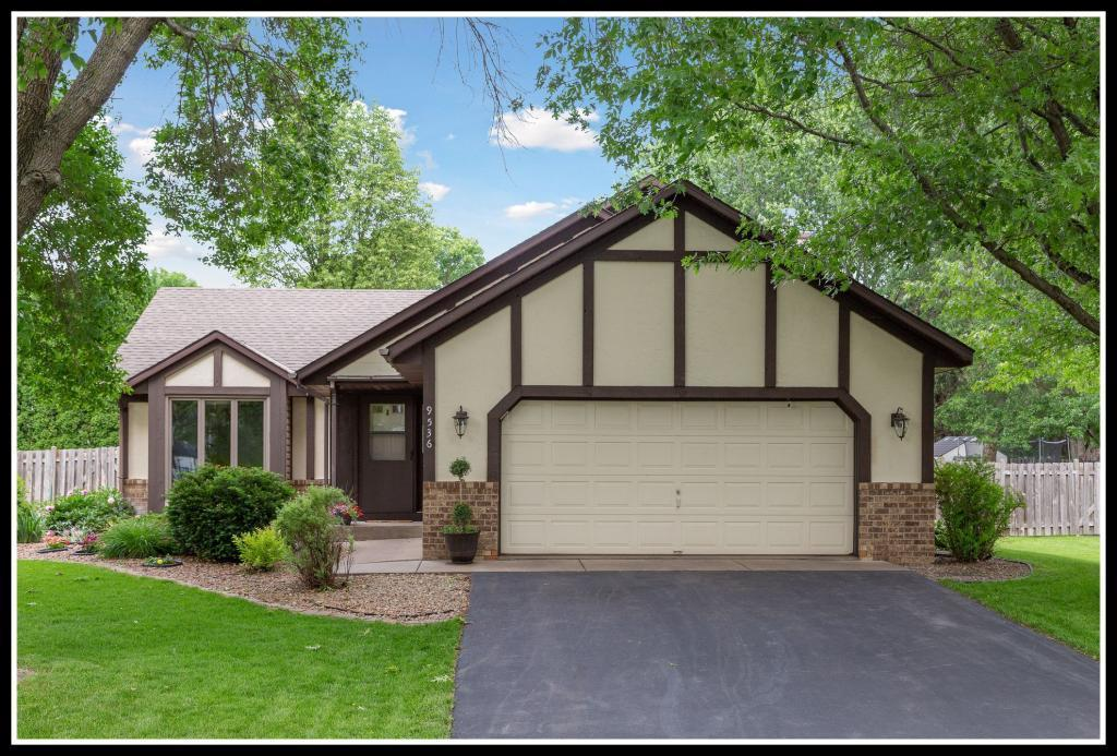 9536 Minnesota N Property Photo