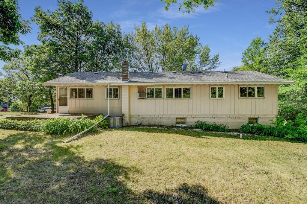 2113 Falcon Property Photo - Buffalo, MN real estate listing