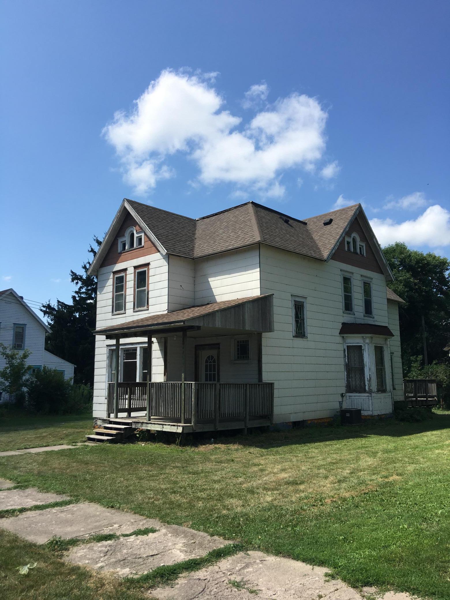 15 Lake Avenue Property Photo - Minnesota Lake, MN real estate listing