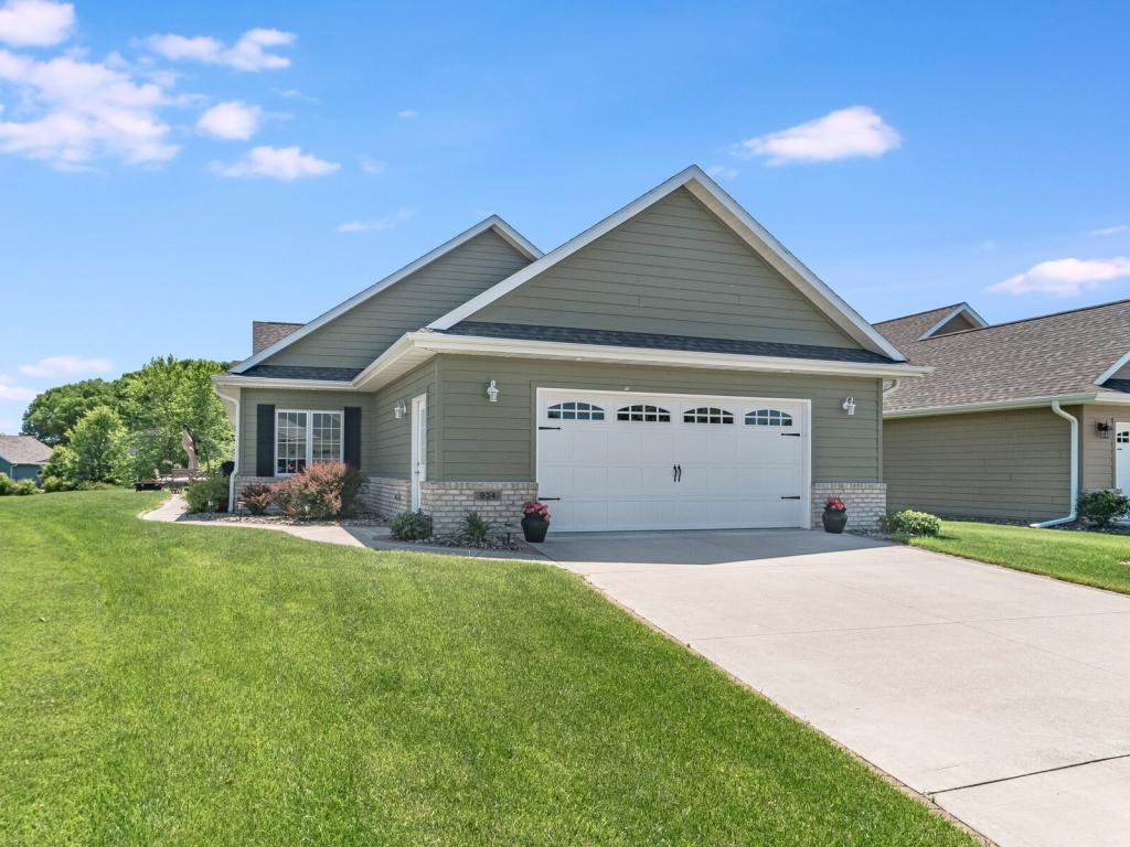 934 Charles Property Photo - Onalaska, WI real estate listing