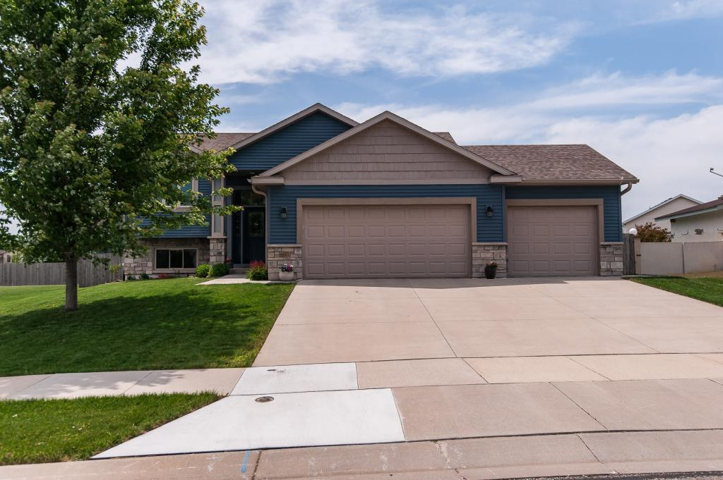 2567 Ashland NW Property Photo - Rochester, MN real estate listing