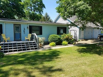 1220 Scenic Hideaway NE Property Photo - Elysian, MN real estate listing