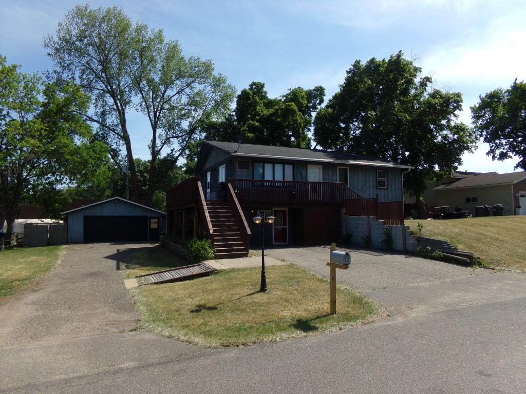 1024 Hamlet Drive S Property Photo - Avon, MN real estate listing
