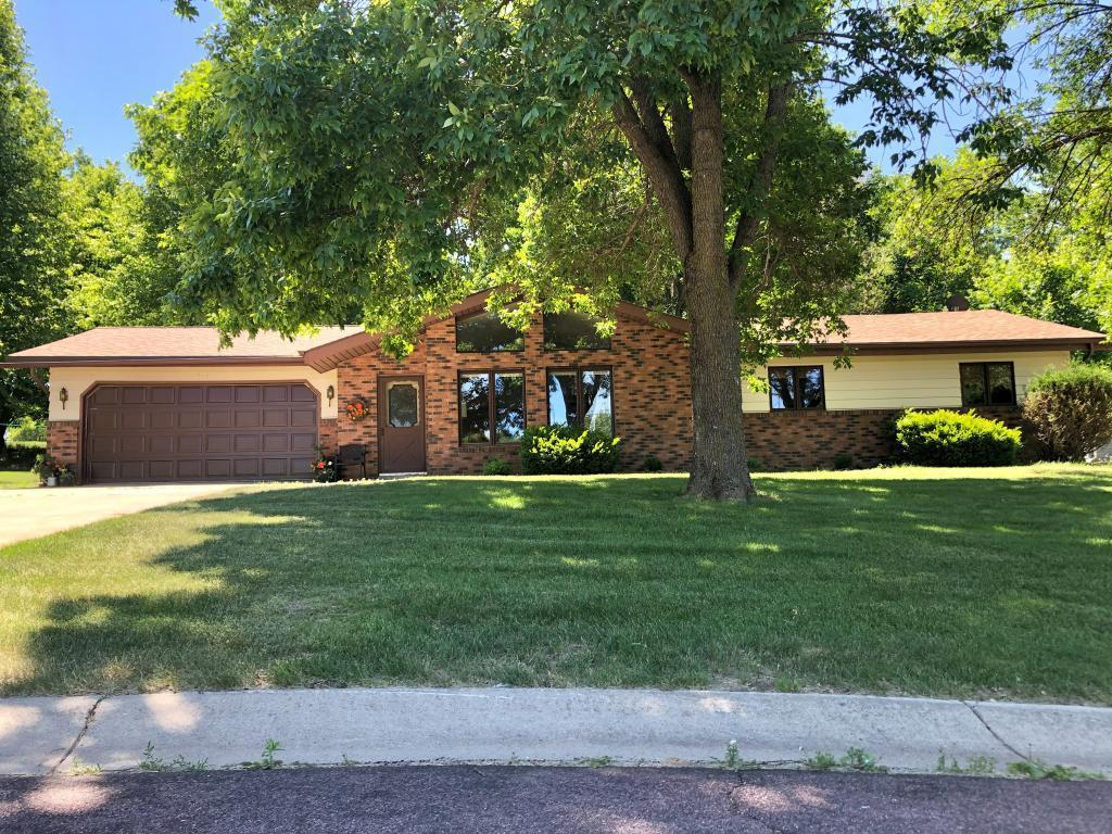 316 Riverside Drive Property Photo - Springfield, MN real estate listing