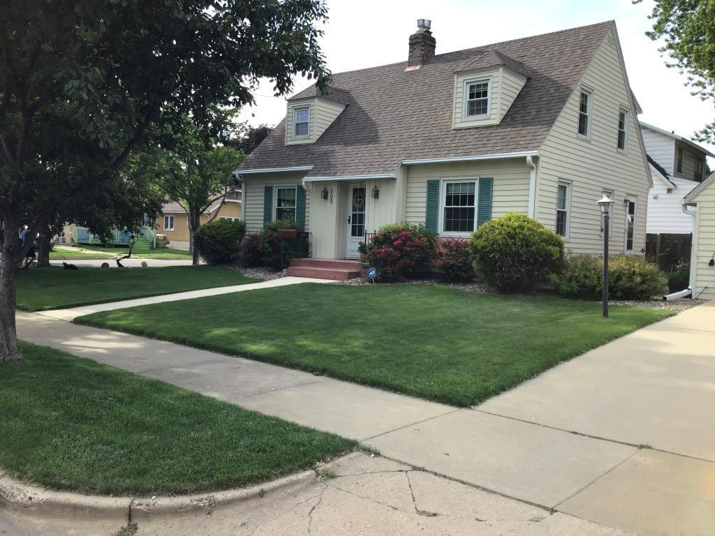 505 10th SE Property Photo - Rochester, MN real estate listing