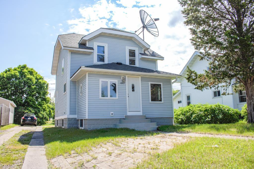 1017 Western Property Photo - Eau Claire, WI real estate listing