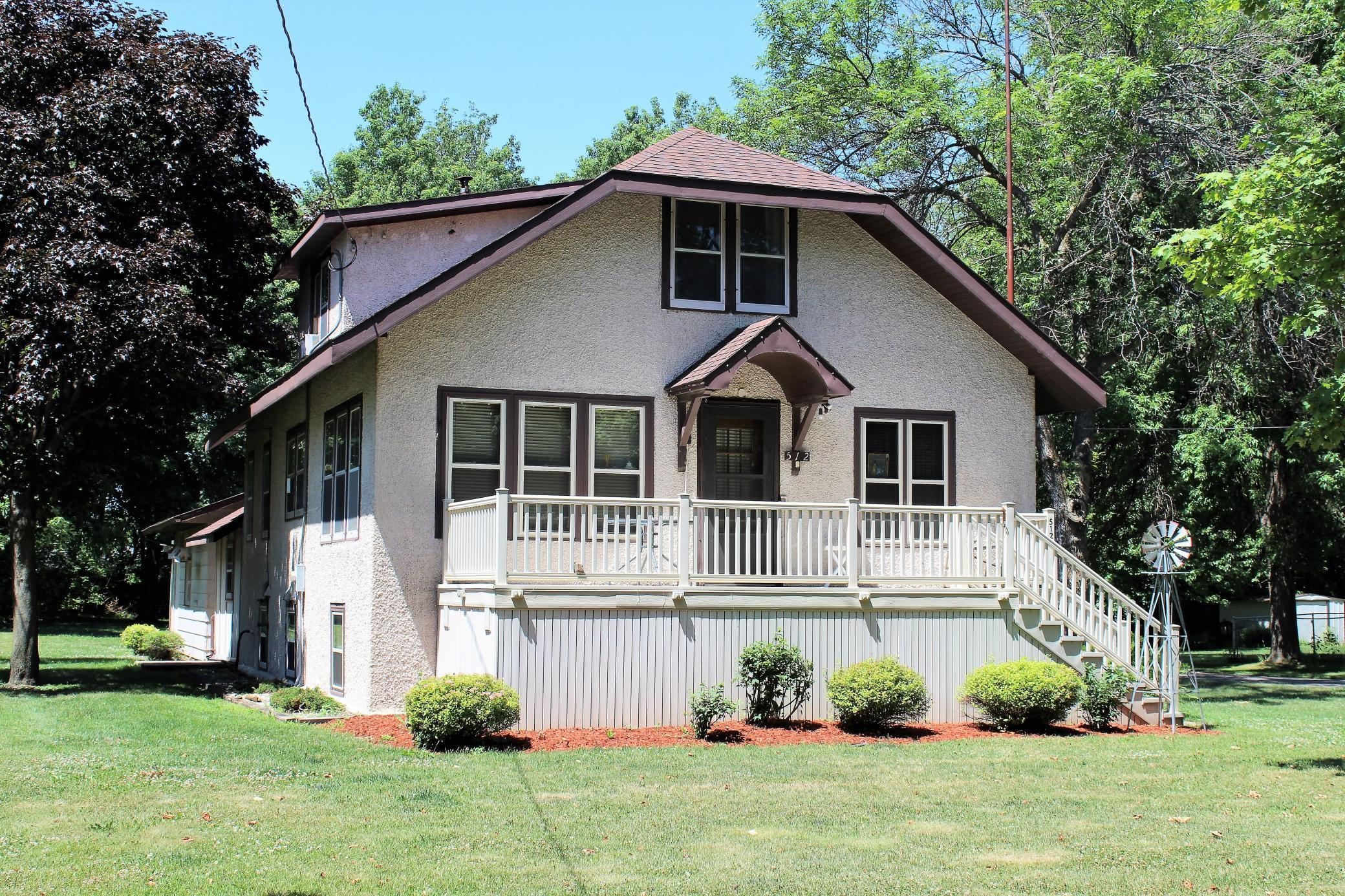 512 Main N Property Photo - Atwater, MN real estate listing