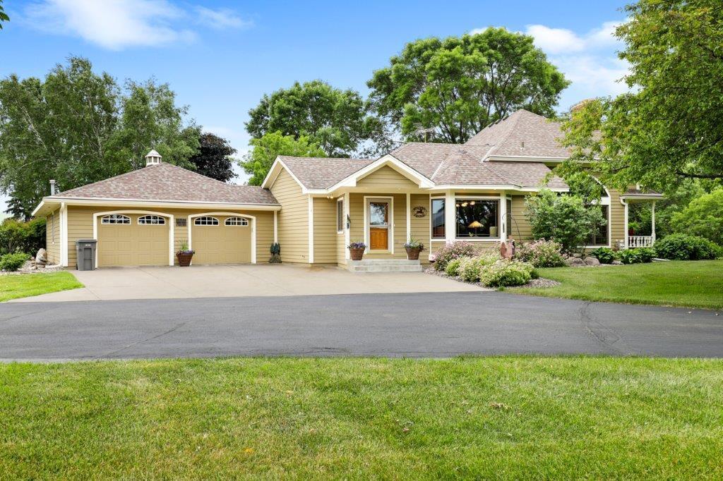 8075 Scandia Road Property Photo - Waconia, MN real estate listing
