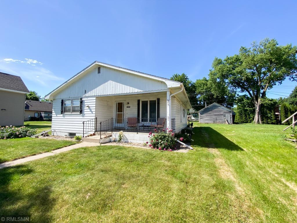 305 Baker Property Photo - Arlington, MN real estate listing