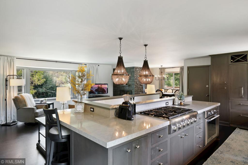 16709 Canterbury Property Photo - Minnetonka, MN real estate listing