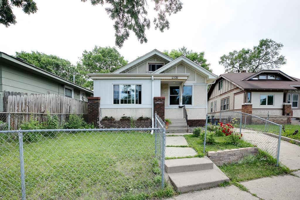 2326 Irving N Property Photo - Minneapolis, MN real estate listing