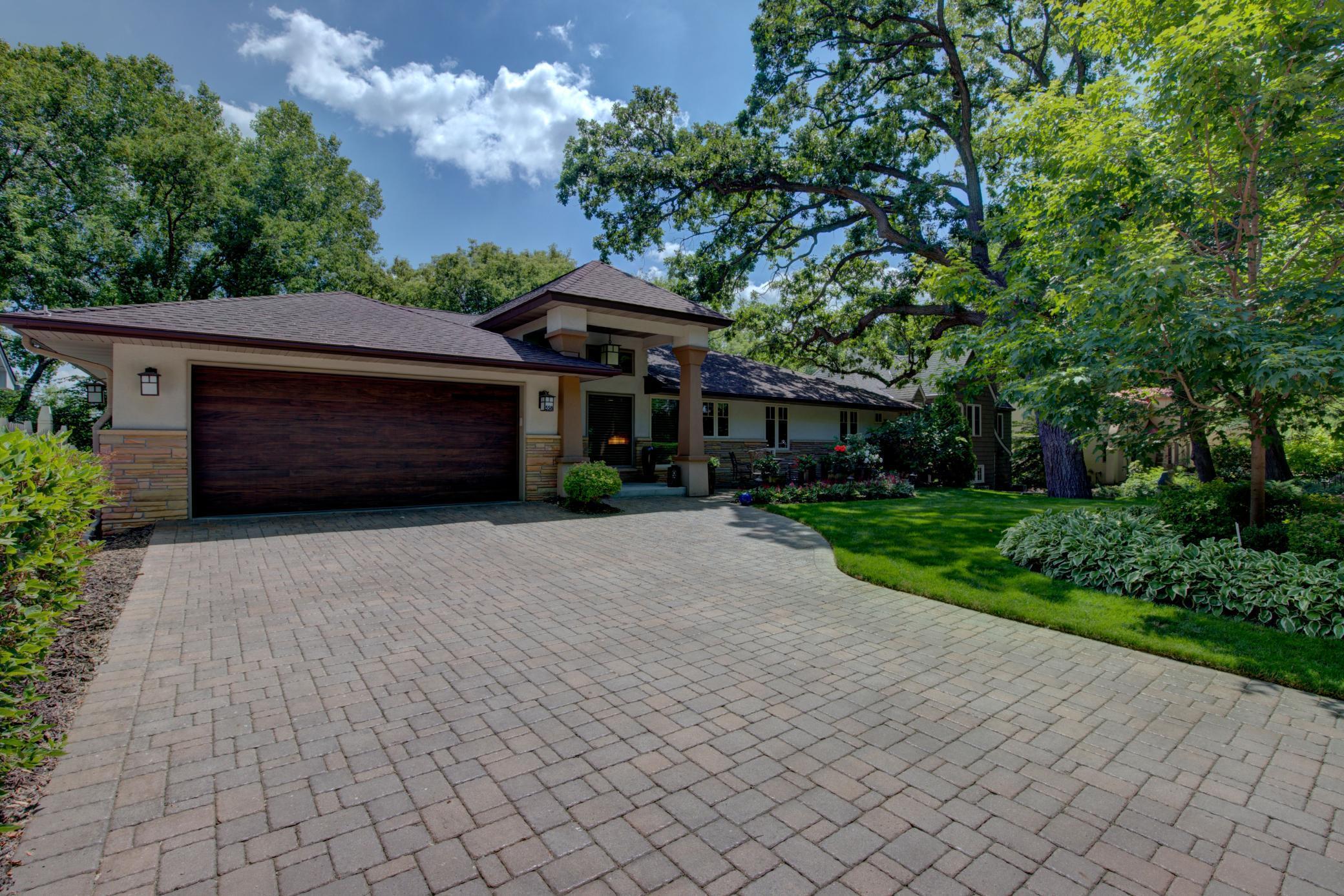 558 Montcalm Property Photo - Saint Paul, MN real estate listing