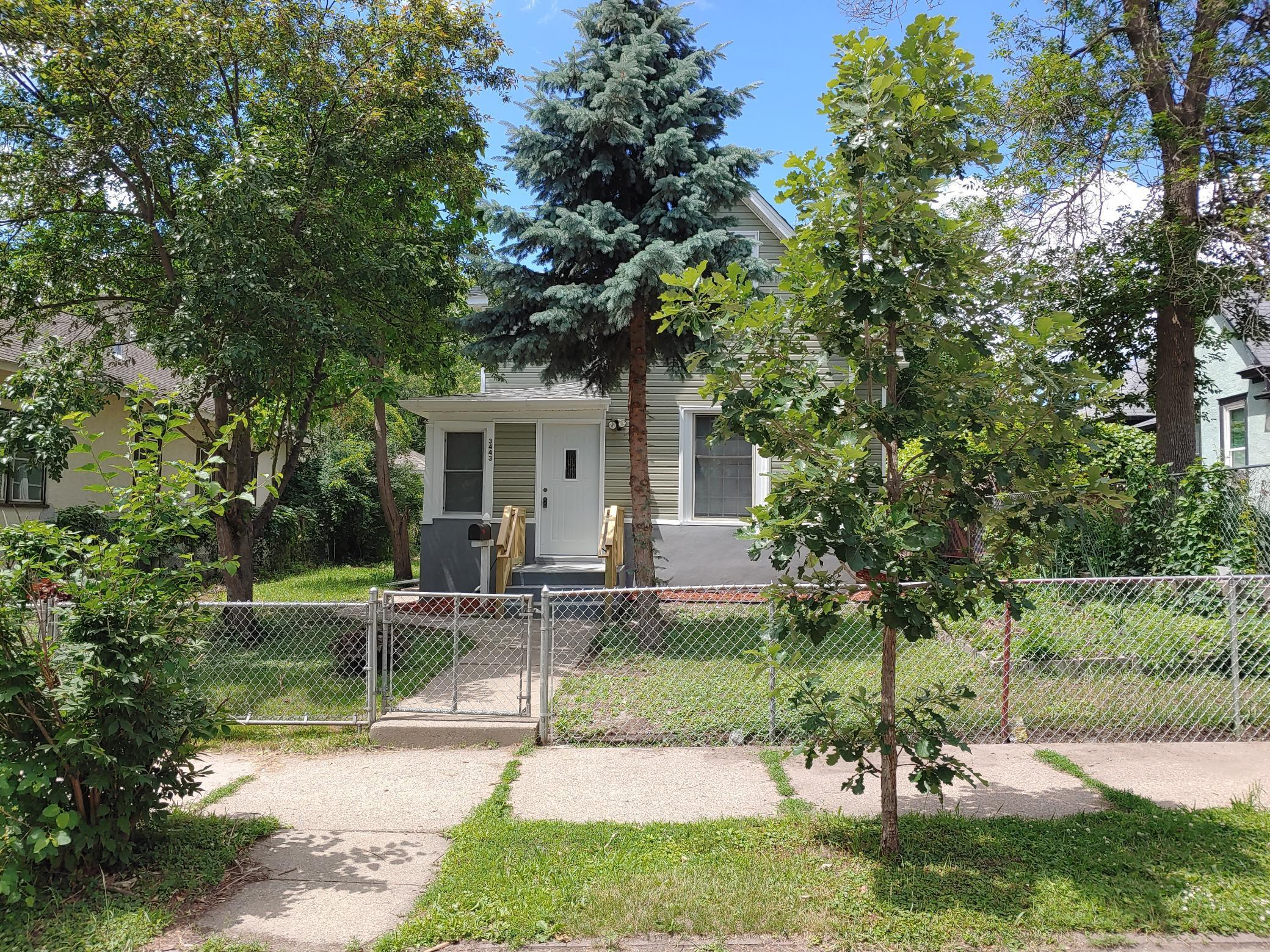 3443 Bryant N Property Photo - Minneapolis, MN real estate listing