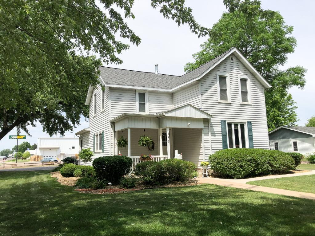 402 Marshall Property Photo - Springfield, MN real estate listing