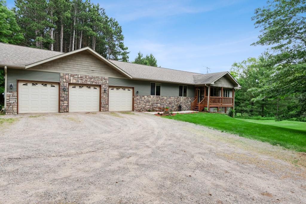 33151 Kerry NW Property Photo - Cambridge, MN real estate listing