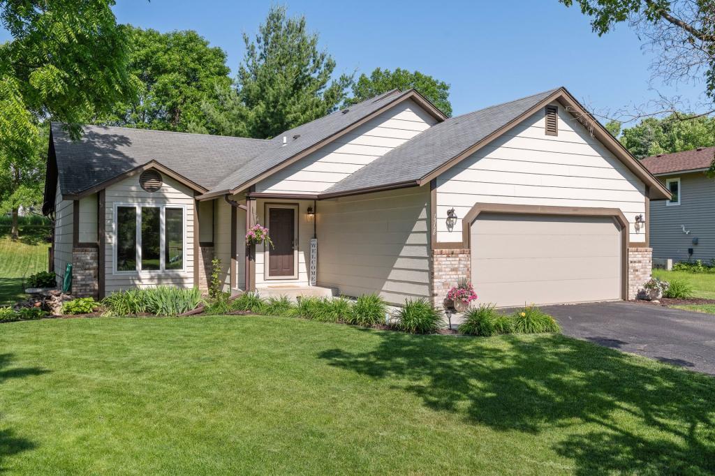 15728 Alpine Property Photo - Burnsville, MN real estate listing