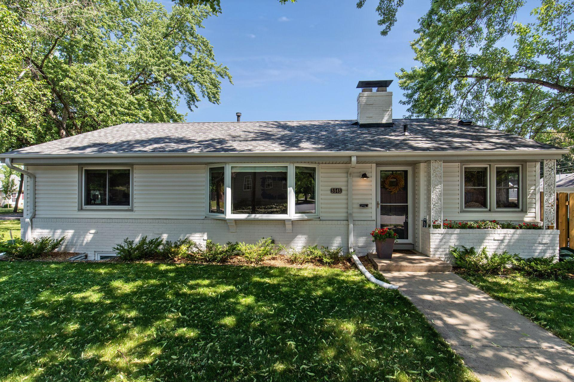 5545 James Avenue S Property Photo - Minneapolis, MN real estate listing