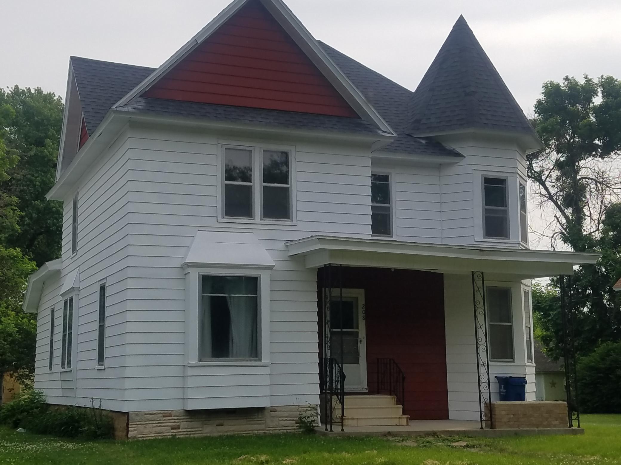 55982 Real Estate Listings Main Image