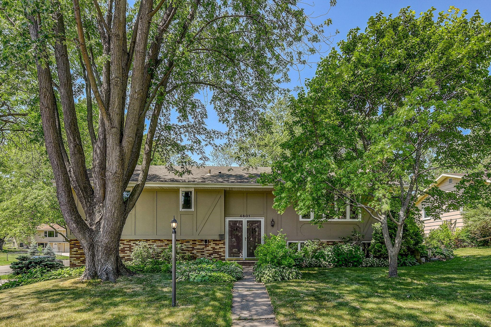 4601 Nevada N Property Photo - New Hope, MN real estate listing