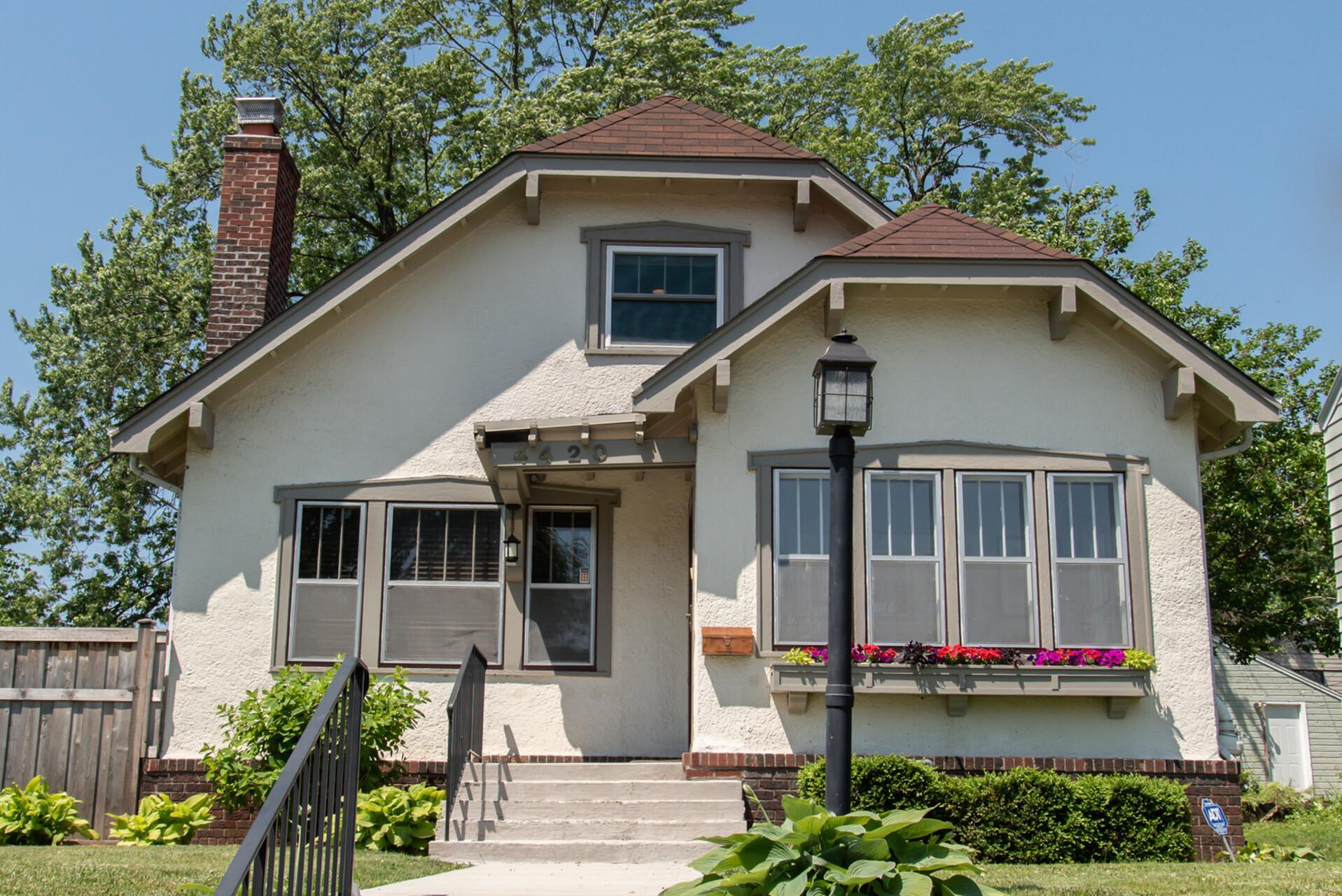 4420 Grand S Property Photo - Minneapolis, MN real estate listing