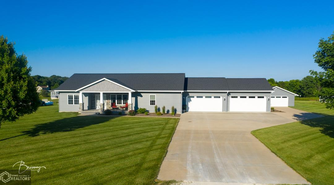 15080 Vista View Property Photo - Mediapolis, IA real estate listing