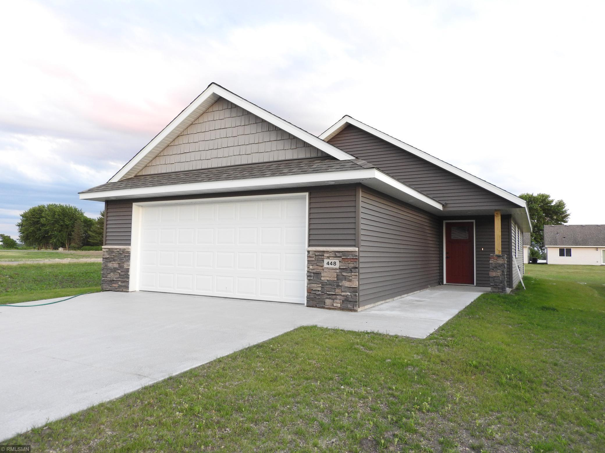 448 Lake Trail Property Photo - Winsted, MN real estate listing