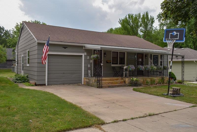 833 Redwood Drive Property Photo - Fairmont, MN real estate listing