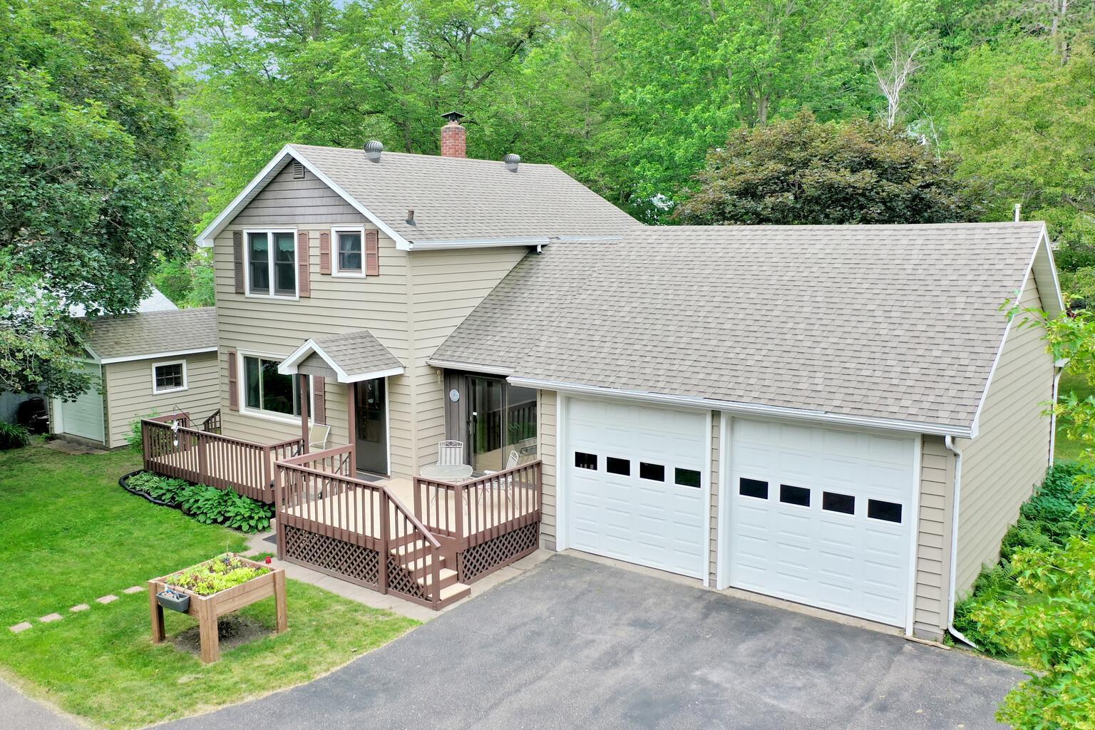 455 River Property Photo - Taylors Falls, MN real estate listing