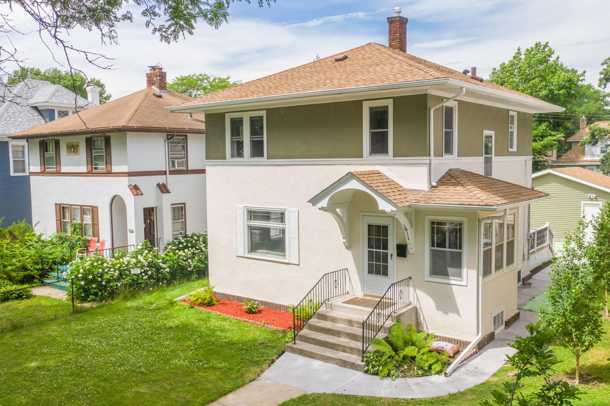 1811 Irving N Property Photo - Minneapolis, MN real estate listing
