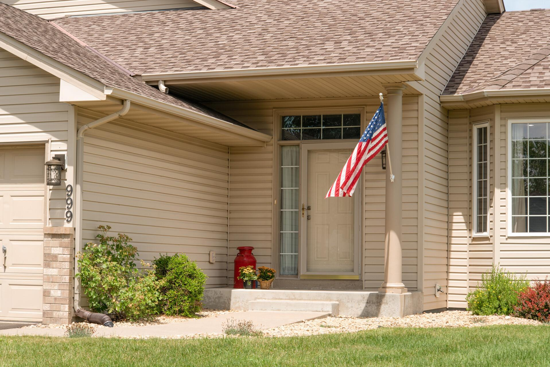 999 Theresa Marie Drive Property Photo - Elko New Market, MN real estate listing