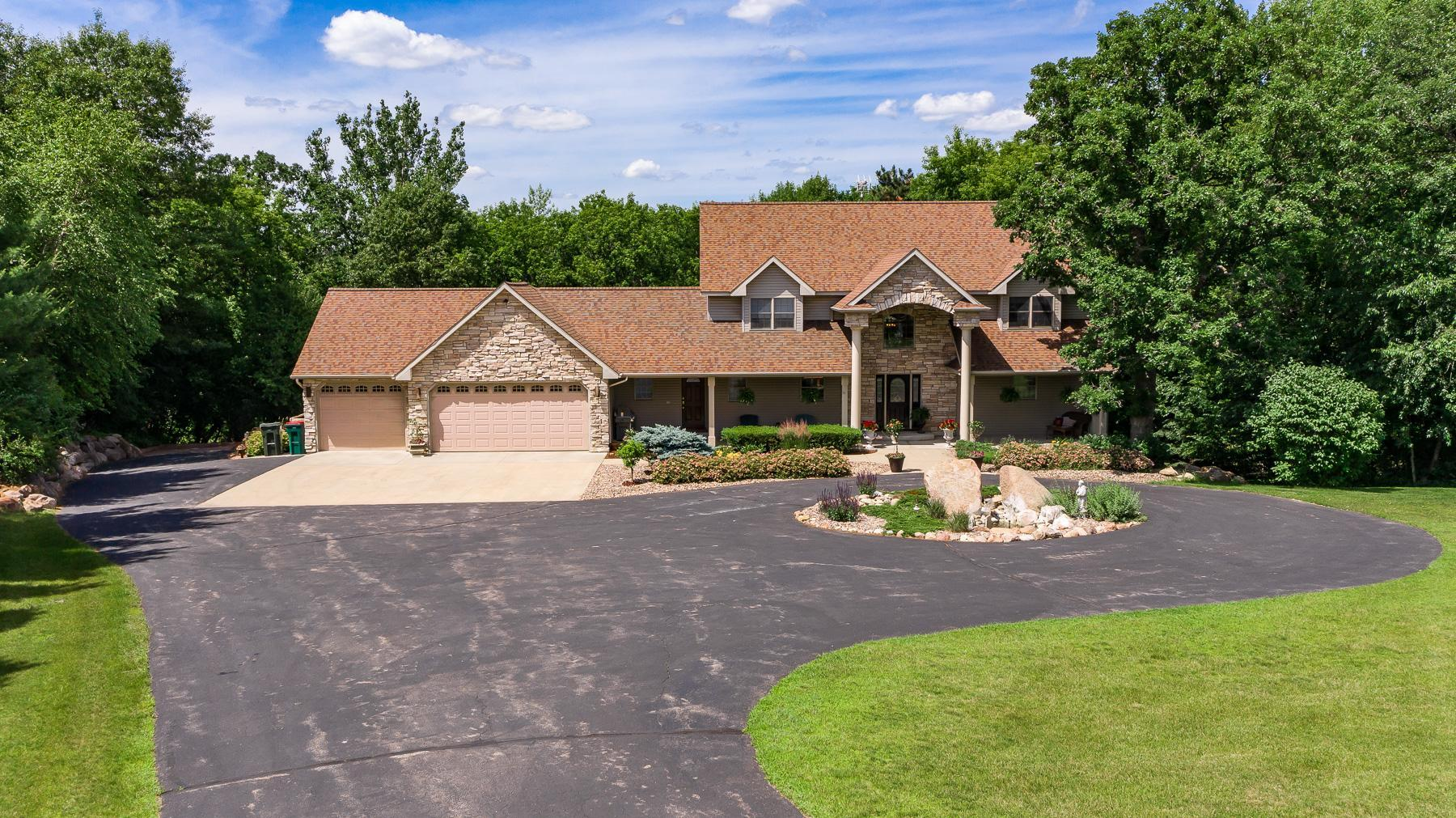 1231 Ridge Crest Lane NW Property Photo - Rochester, MN real estate listing