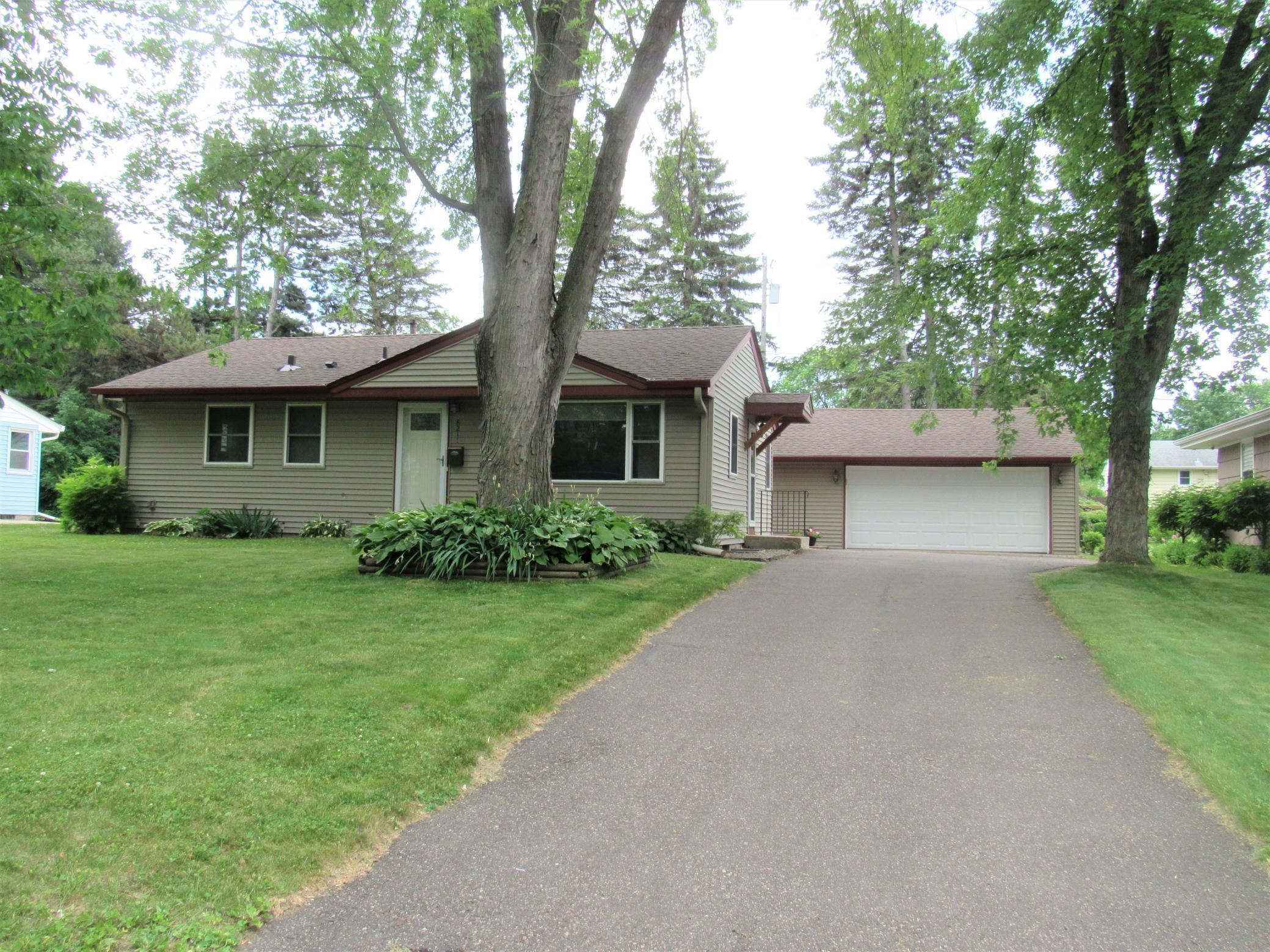 8211 34 1/2 Property Photo - Saint Louis Park, MN real estate listing