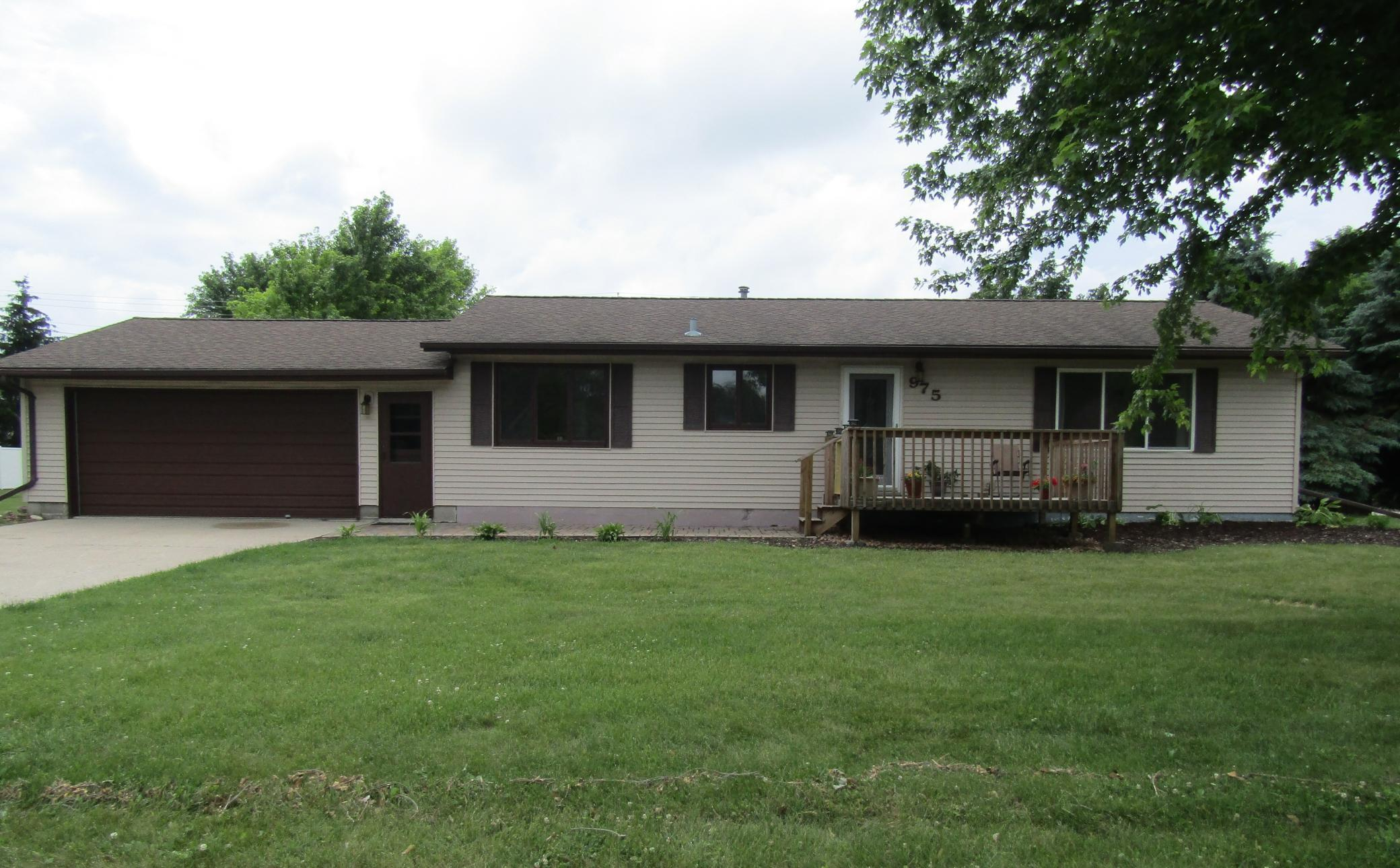 975 8th Property Photo - Granite Falls, MN real estate listing