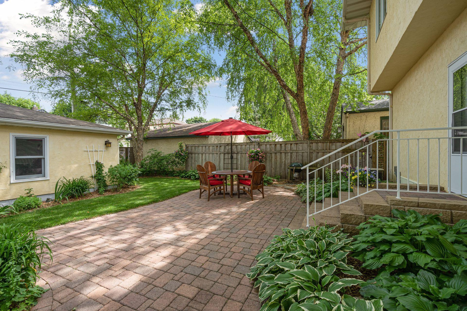 2101 Juno Property Photo - Saint Paul, MN real estate listing