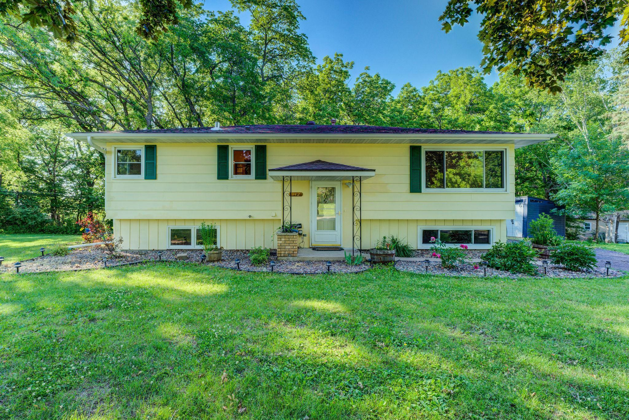 742 Forest Hills SW Property Photo - Rochester, MN real estate listing