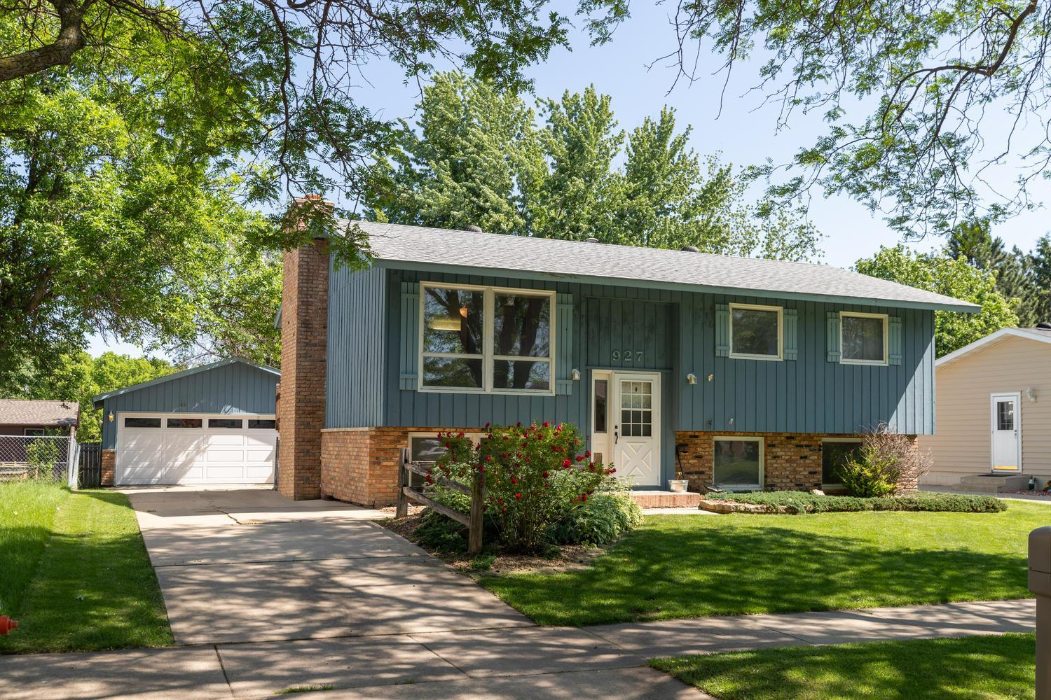 927 18th SE Property Photo - Rochester, MN real estate listing